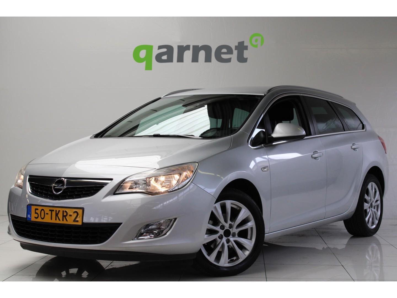 Opel Astra Sports tourer 1.4 turbo cosmo