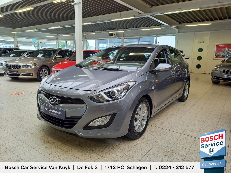 Hyundai I30 1.6 gdi i-motion plus / radio-bluetooth / airco / stuurwiel-multifunctioneel / elktr-pakket / trekhaak / pdc / lmv 15' / enz.