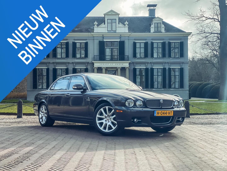Jaguar Xj 4.2 v8 executive lwb automaat/ v8/ leer/ 19-inch/ climate