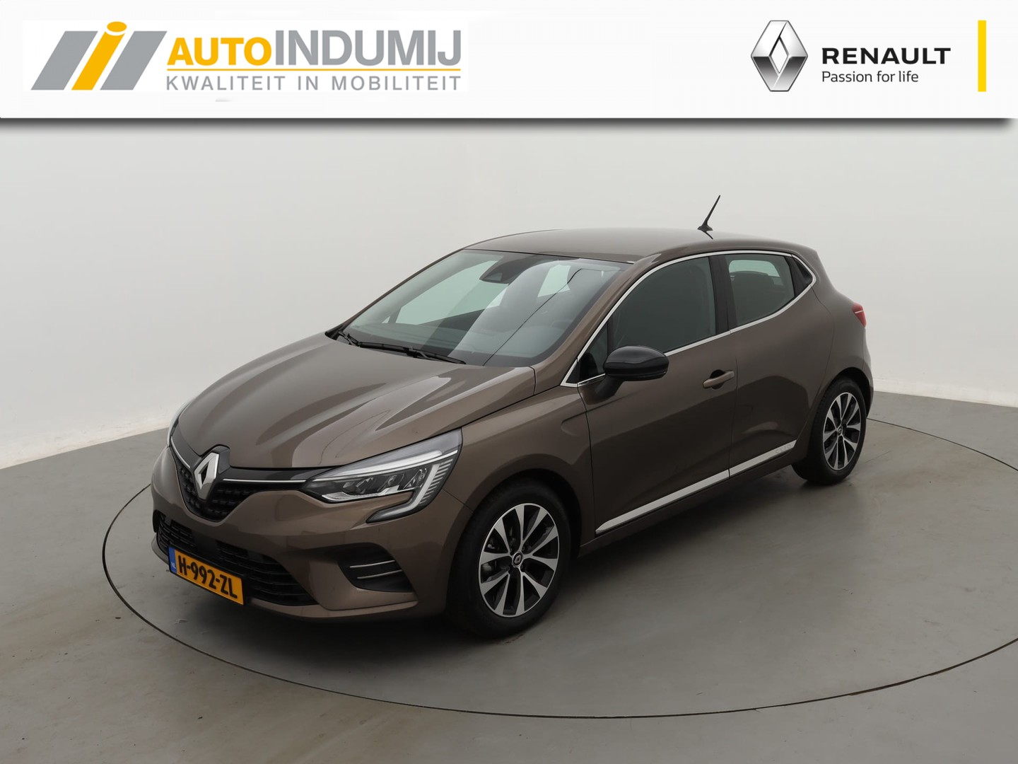 Renault Clio Tce 100 intens / climate control / pure-led / apple carplay & android auto