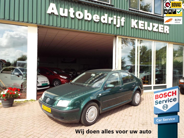 Volkswagen Bora 2.0 airco-cruise controle-nap