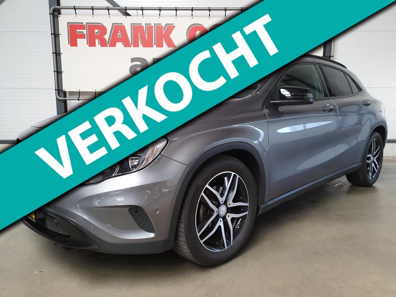 Mercedes-benz Gla 180 122pk ambition automaat + navi/airco/cruise/leder-stof/bluetooth/pdc