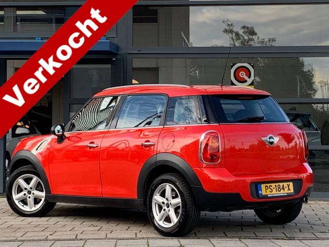Mini Countryman 1.6 one / airco / lm velgen / parkeer sensoren / hoge instap / 90000 km!