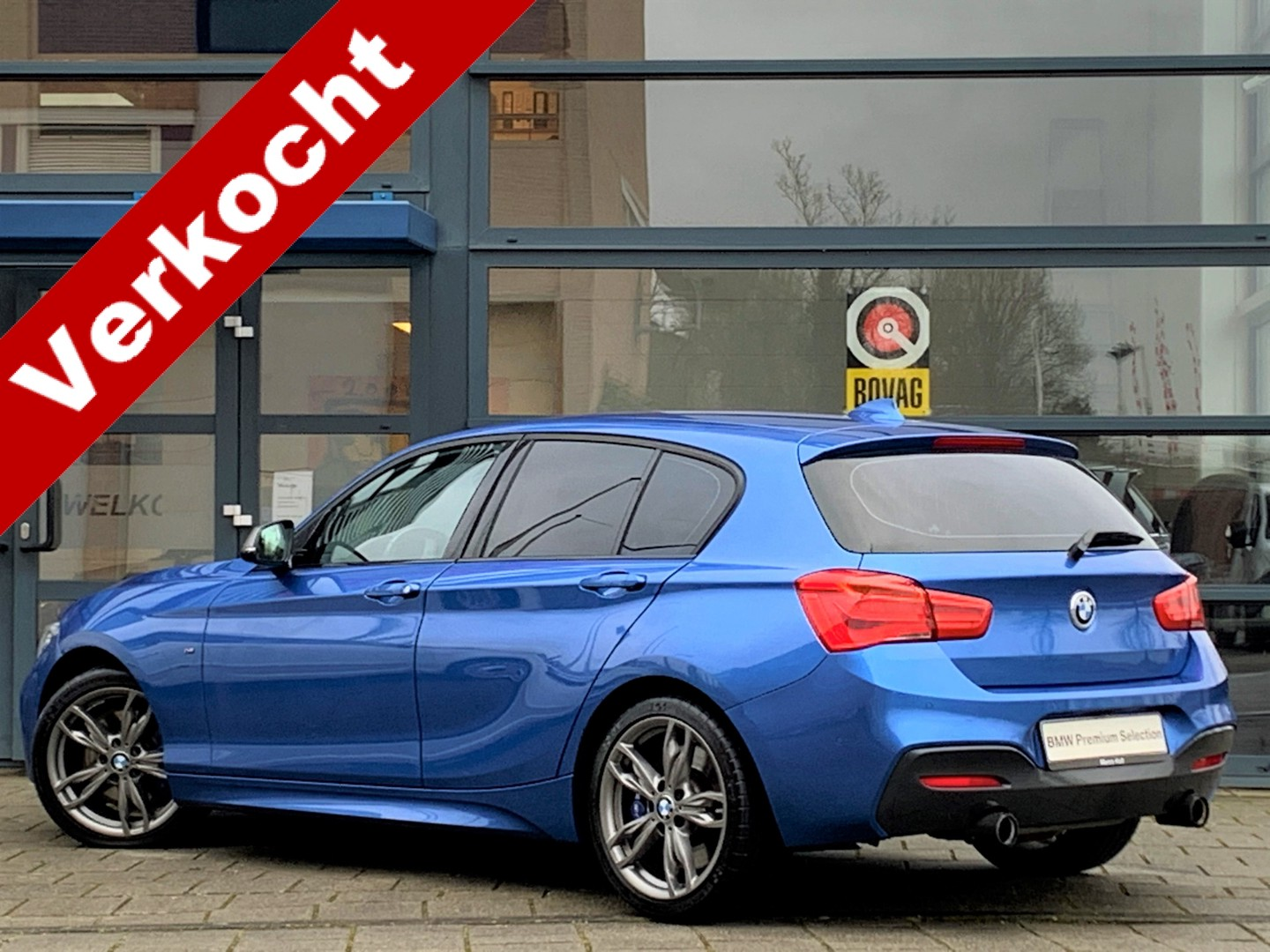 Bmw 1 serie M140i executive 340 pk automaat 5 deurs / navigatie / harman- kardon hifi / apple carplay vb / full led / dab