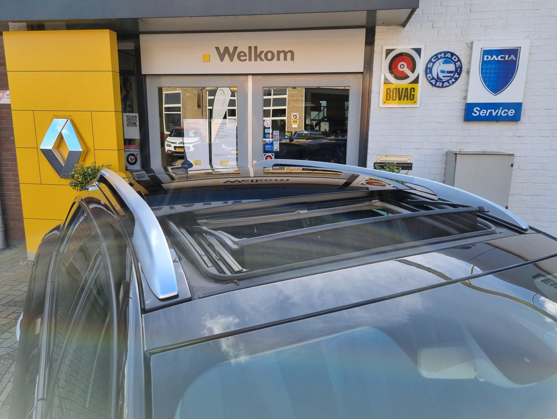 Renault Mégane Iii estate tce 130 bose + trekhaak + schuifdak, nl auto + dealer onderhouden