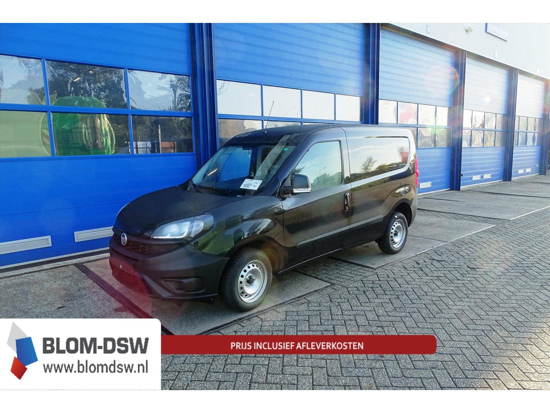Fiat Doblò Zwart l1h1 easy pro