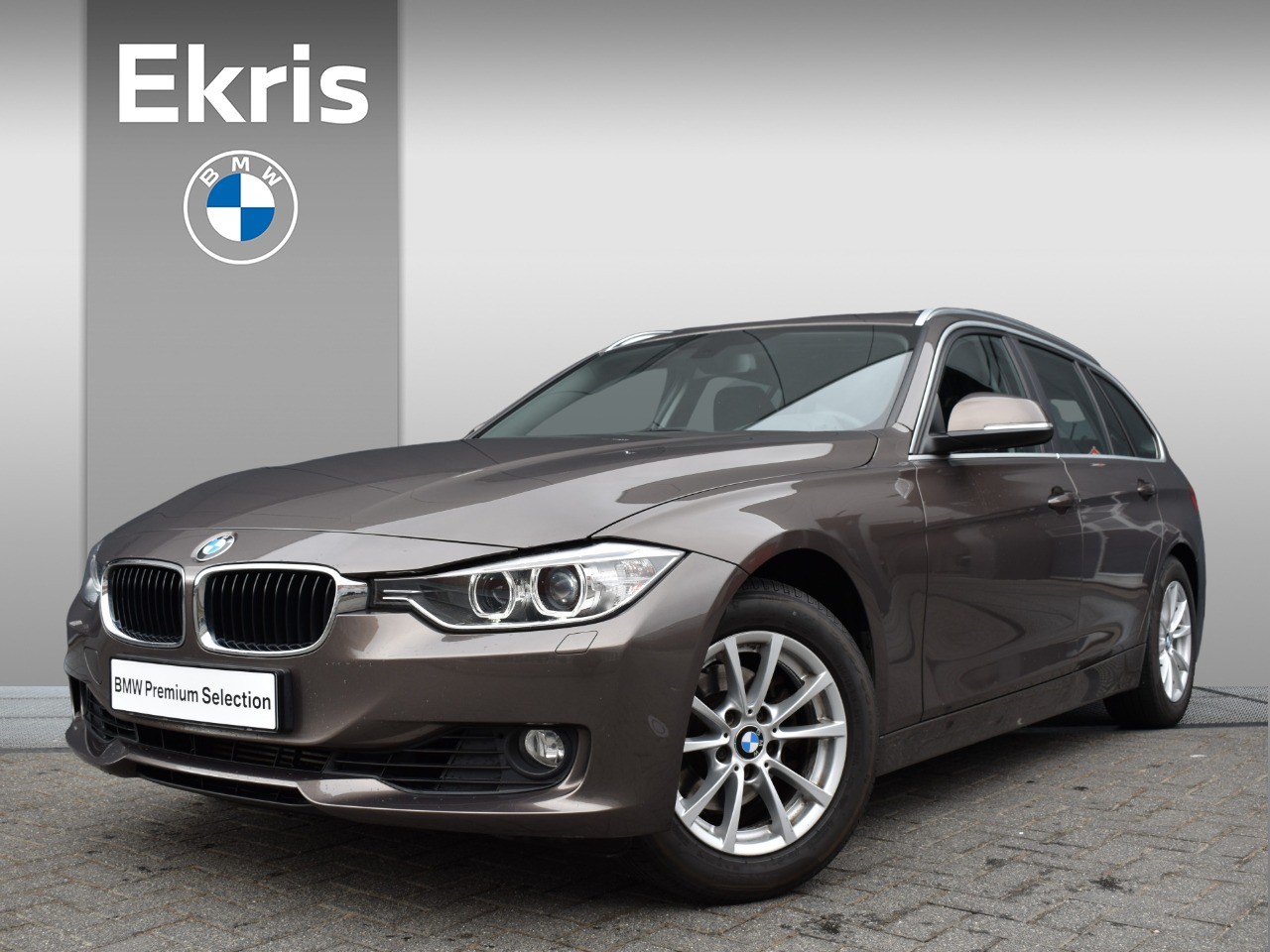 "Bmw 3 serie Touring 320i executive navigatie professional / pdc / airconditioning / 16"" - 2 jaar garantie!!"