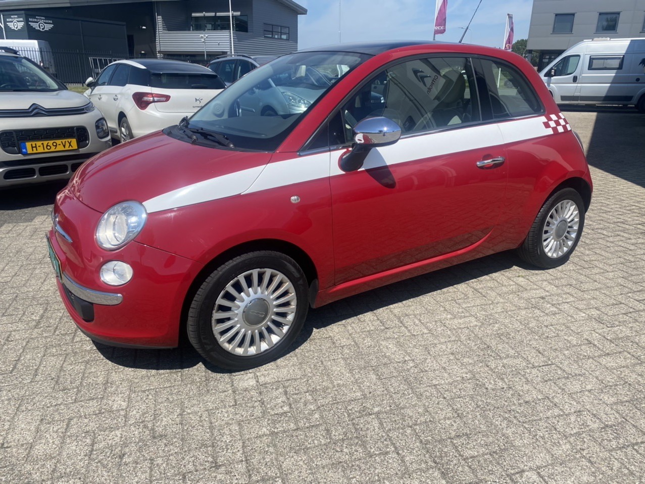 Fiat 500 1.2 lounge panoramadak rijklaar prijs